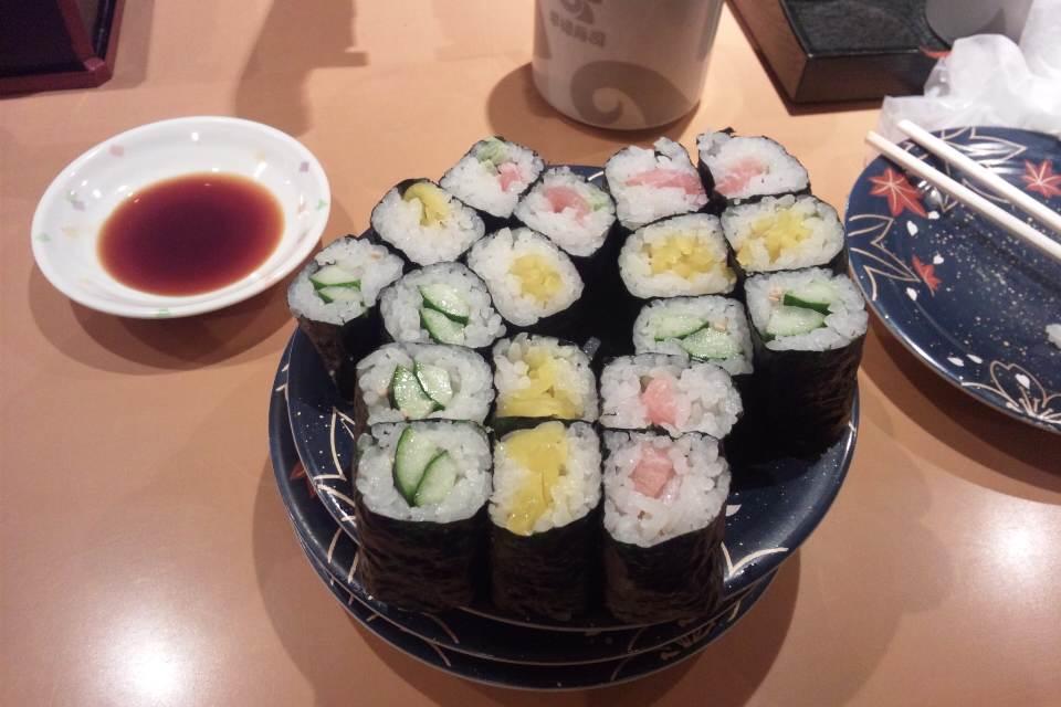 寿司まきもの3つ!