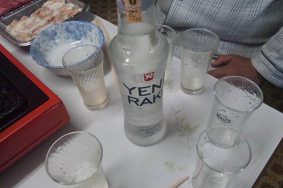 イェニ・ラク(ライオンのミルク)