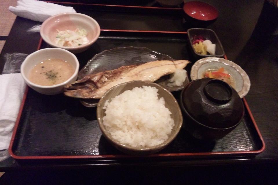 あおなの魚定食